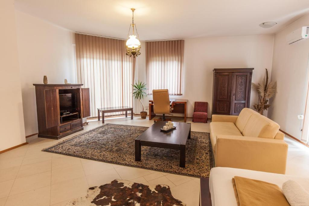 The Belgrade Hills Rooms and Suites