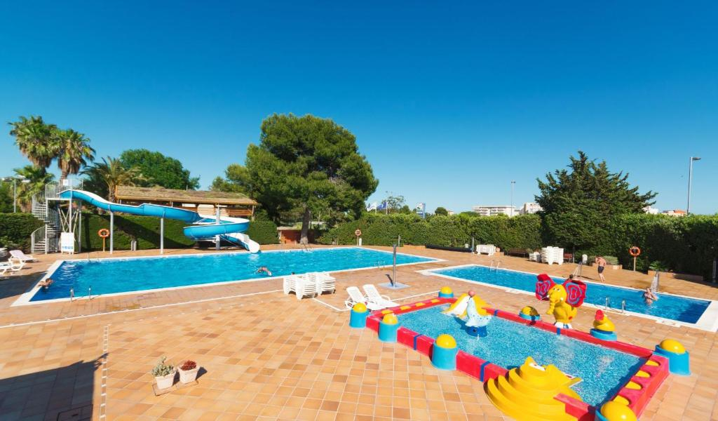 Camping Pineda Salou (España La Pineda) - Booking.com