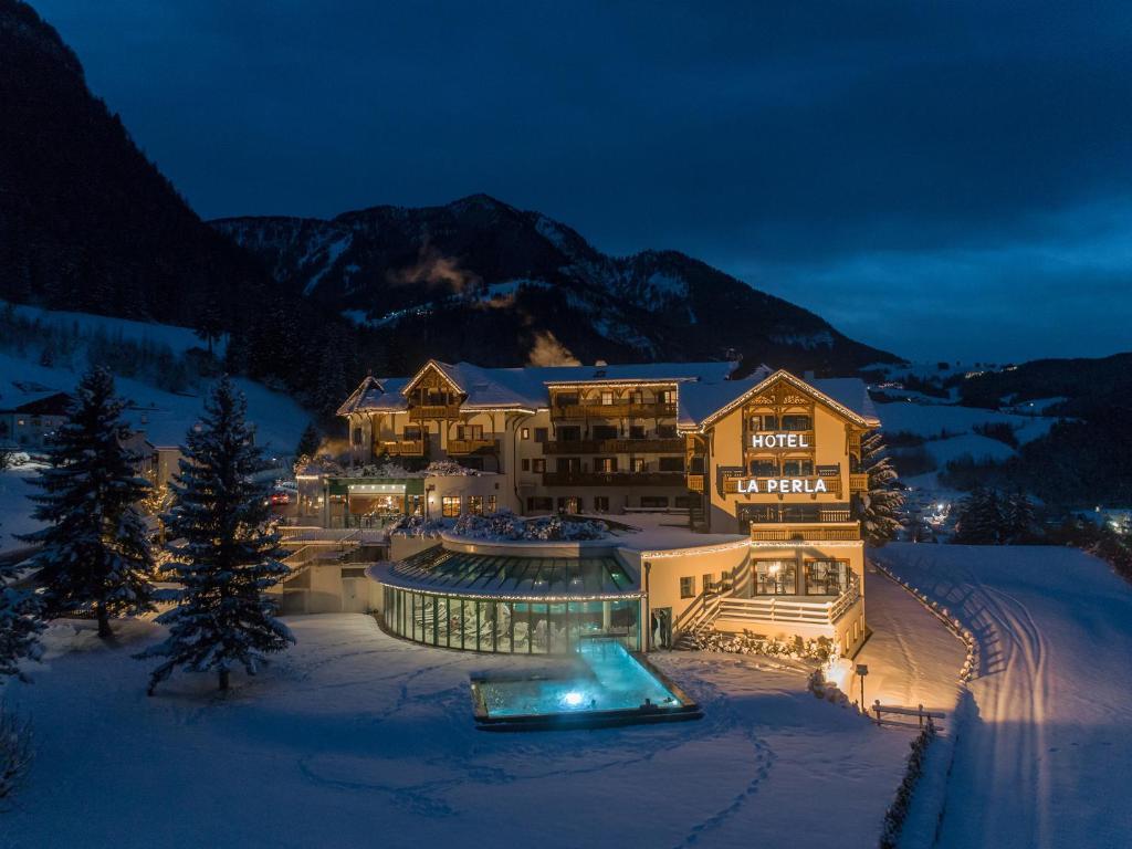 Alpin & Vital Hotel La Perla durante o inverno