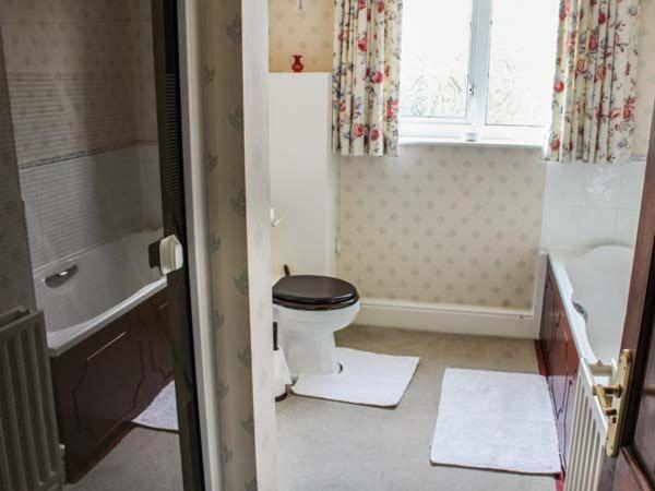 Phòng tắm tại White Oak Grange