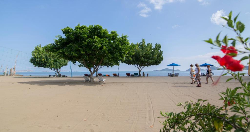 Puri Sari Beach Hotel Labuan Bajo