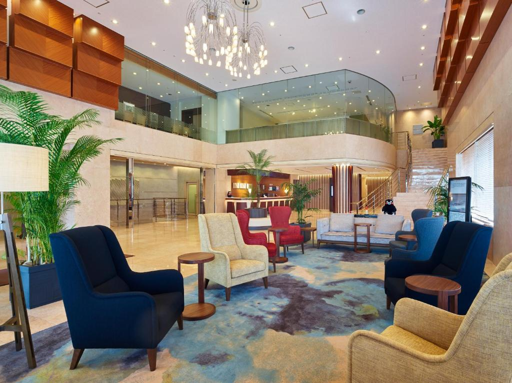 The lobby or reception area at Mitsui Garden Hotel Kumamoto
