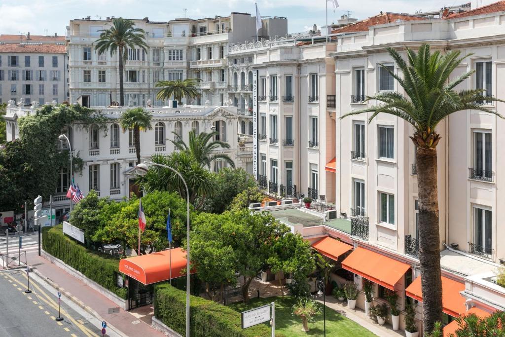 Quartier de l'hôtel ou autre quartier proche