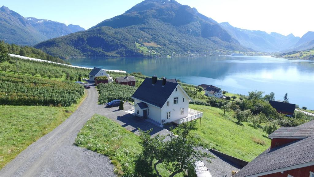 Vacation Home Gamlehuset Rake, Stryn, Norway - Booking.com