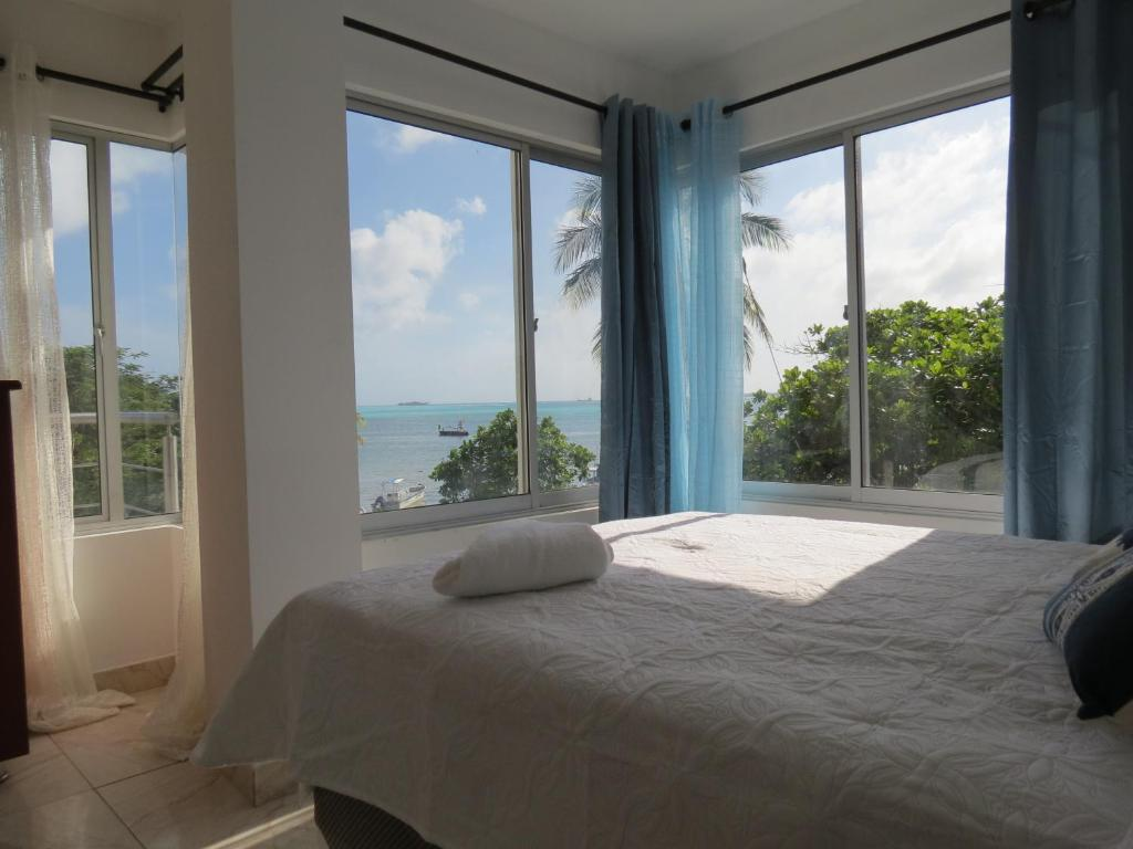 A bed or beds in a room at Zojo Island