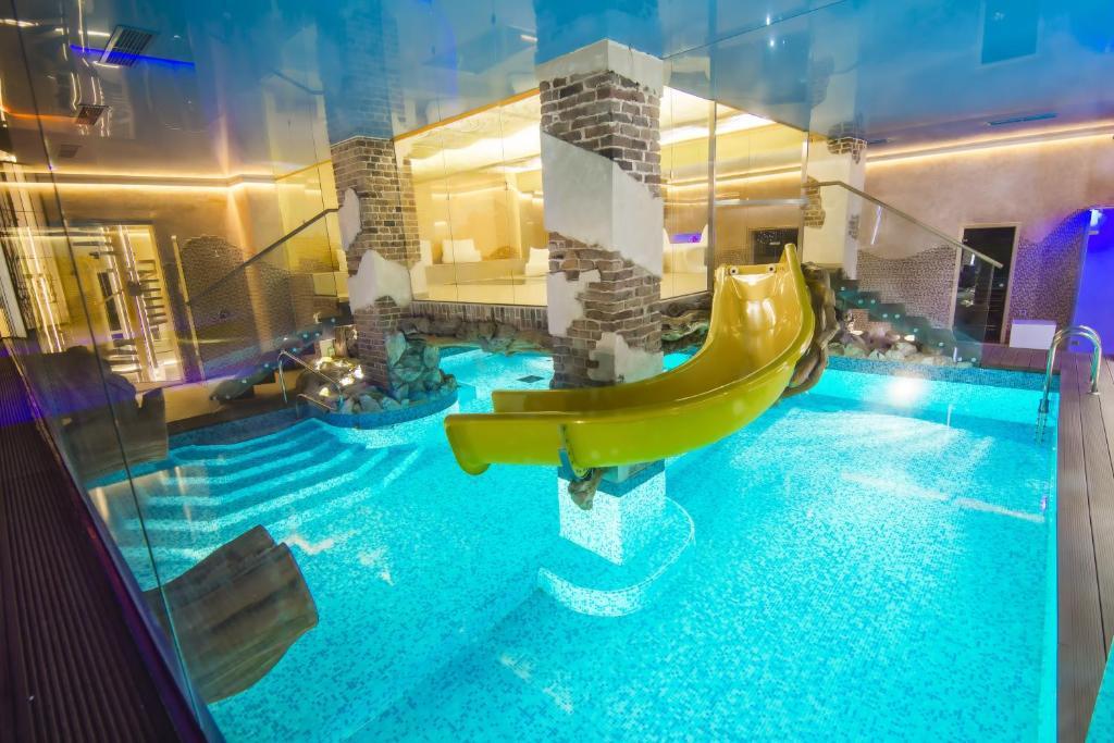 هتل Spa Hotel Ingerburgskiy