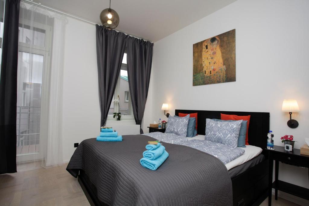 Łóżko lub łóżka w pokoju w obiekcie Luxury apartment Spálená