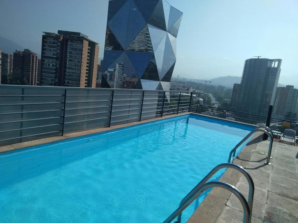 Piscina en o cerca de Las Condes, Apartmentos , Parque Arauco , Manquehue,