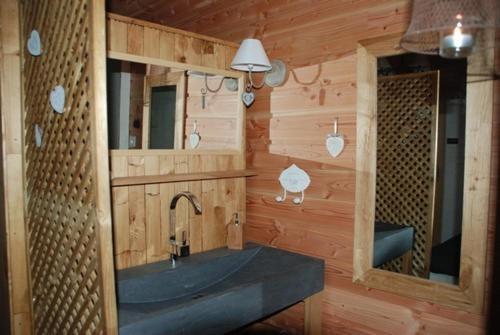 Chambre d'Hôte Insolite en Cabane Perchée