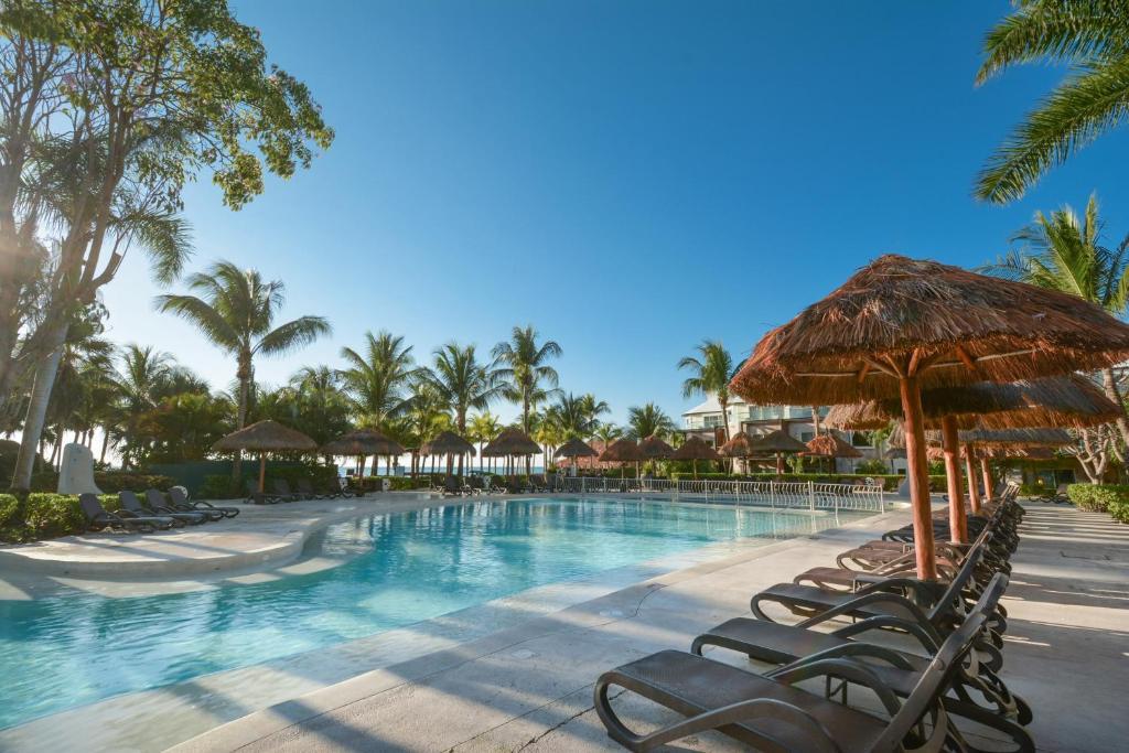 Sandos Caracol Eco Resort All Inclusive, Playa del Carmen ...