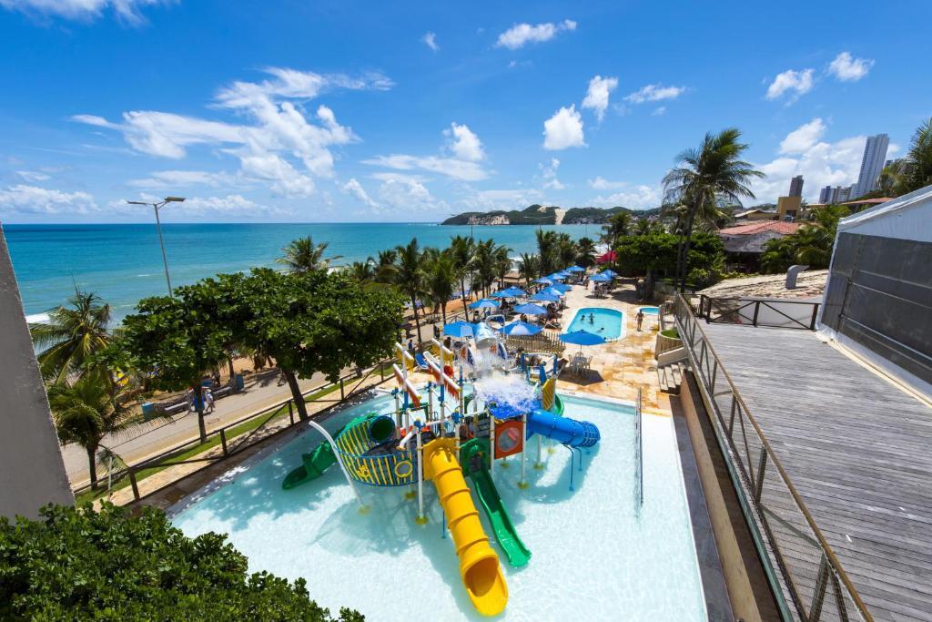 Uma vista da piscina em Praiamar Natal Hotel & Convention ou nos arredores