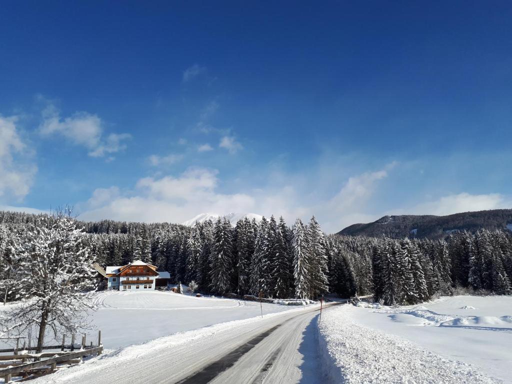 Prestlhof בחורף
