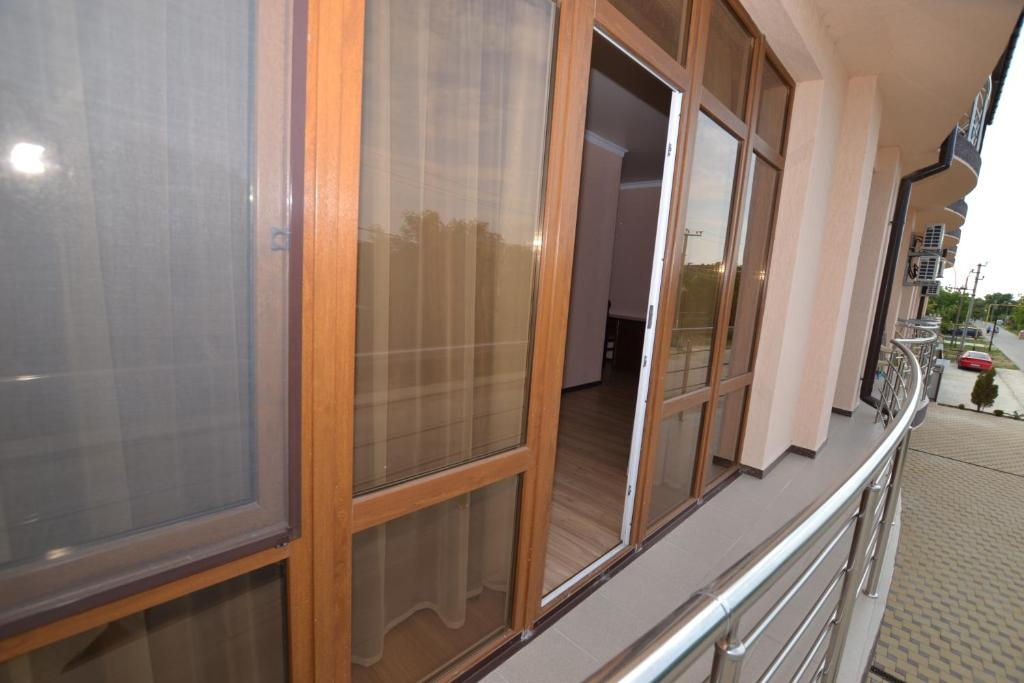 A balcony or terrace at Guest House Azov