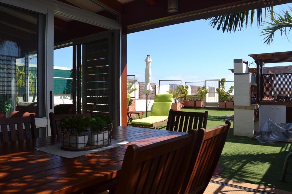 Apartamento ático Frente Al Mar Candelaria Spain Booking Com