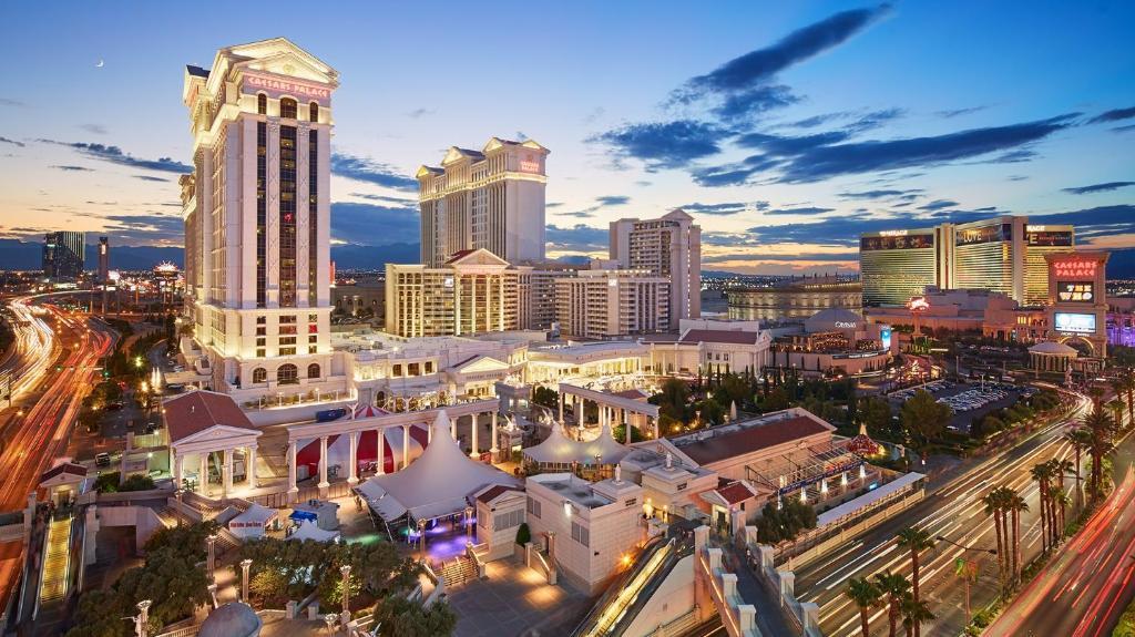 Caesars Palace Hotel Casino Las Vegas With Photos