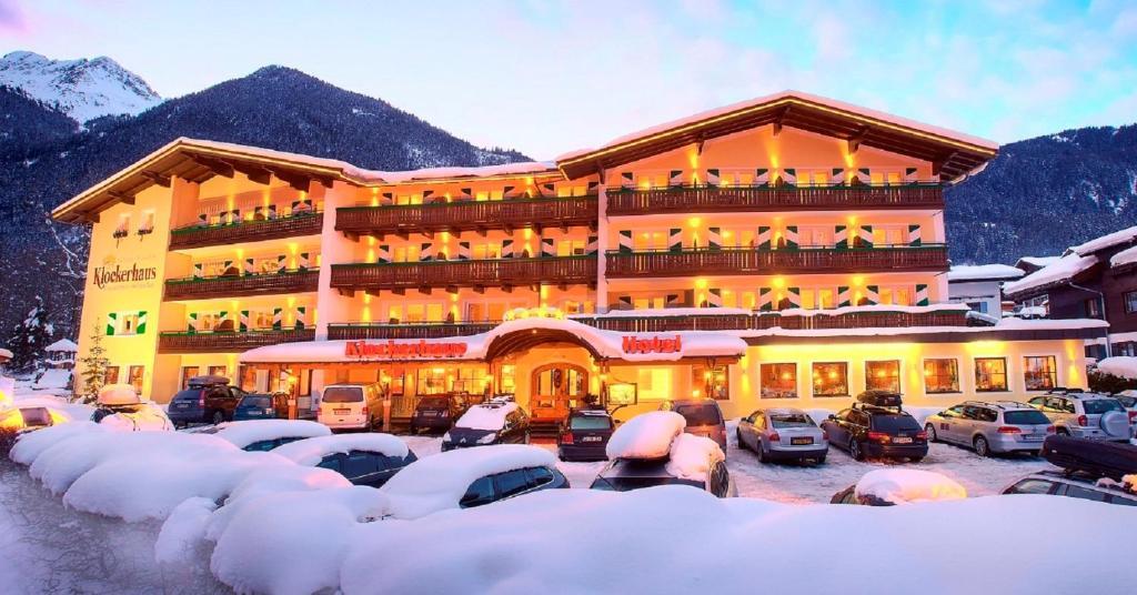Nationalparkhotel Klockerhaus during the winter