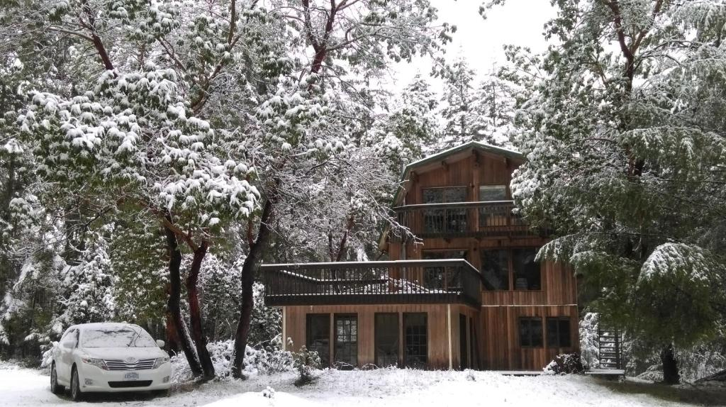Gabriola Central B&B during the winter