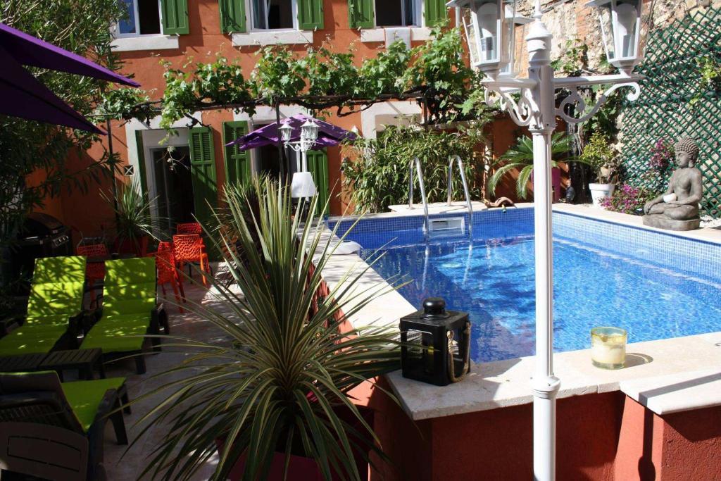 Het zwembad bij of vlak bij Casa Ammirati Apartments
