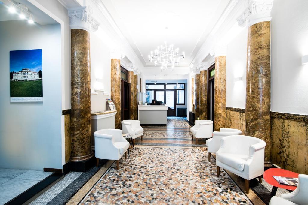 Lobi ili recepcija u objektu Hotel Astoria Torino Porta Nuova