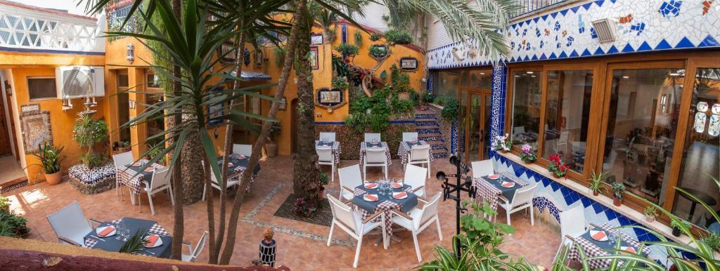 מסעדה או מקום אחר לאכול בו ב-Hotel Fonda El Cami