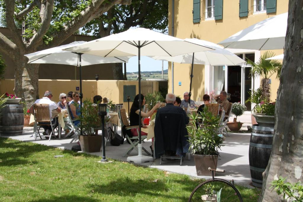Bed And Breakfast La Table De Magali Sablet France Booking Com