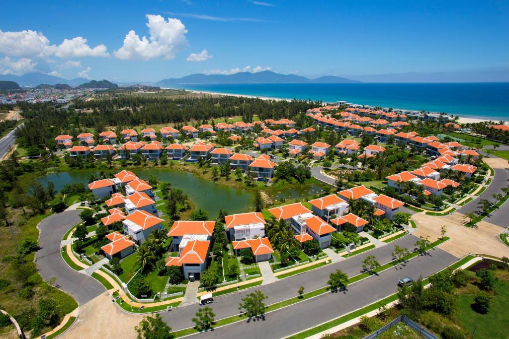 A bird's-eye view of The Ocean Villas