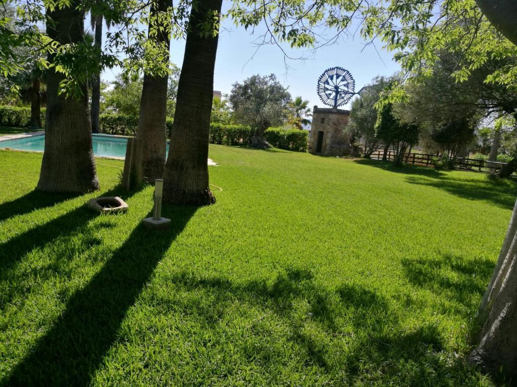 A garden outside Agroturismo Finca Son Amora