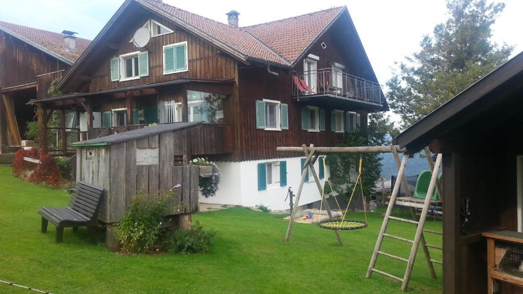 Familienbauernhof Bereute, Alberschwende, Austria