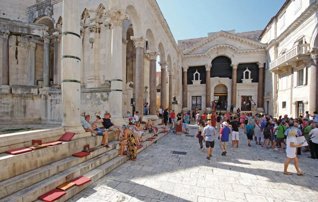 Image result for dioklecijanova palača