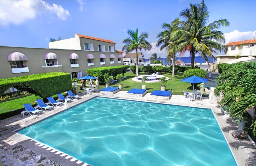 Piscina en o cerca de Villablanca Garden Beach Hotel