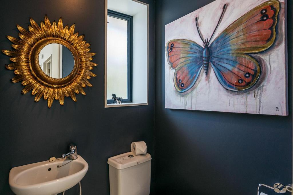 A bathroom at Villa Blanc 2, Palm Beach