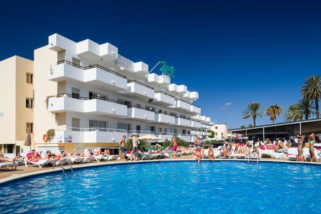 Apartamentos Jet Adults Only Playa D En Bossa Spain Booking Com