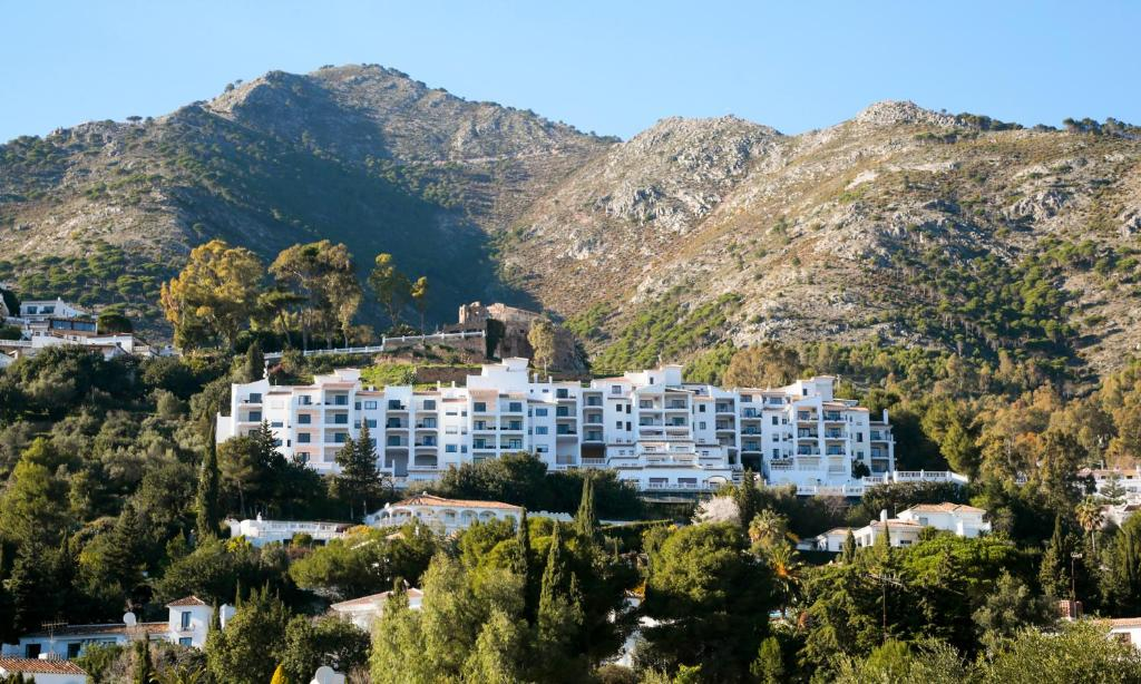 A bird's-eye view of Macdonald La Ermita Resort