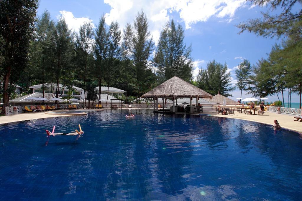 Bassein majutusasutuses Sensimar Khaolak Beachfront Resort või selle lähedal