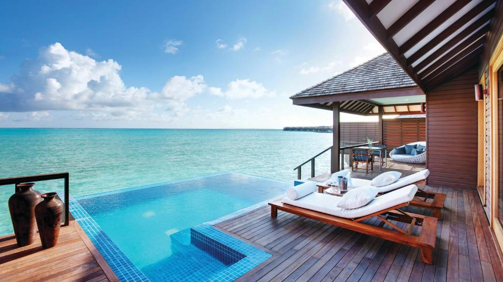 Resort Island Hideaway Maldives