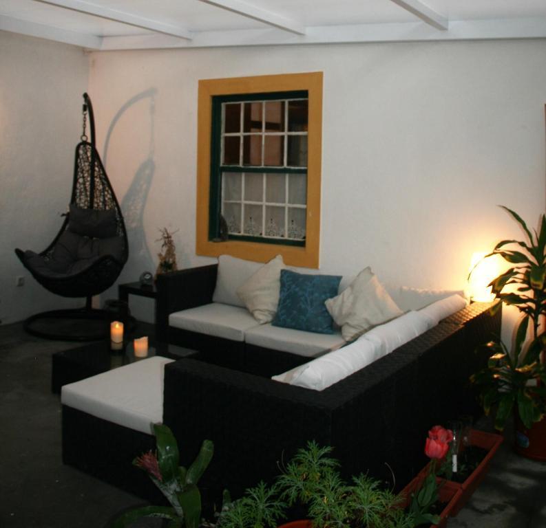 A seating area at Quinta da Ana