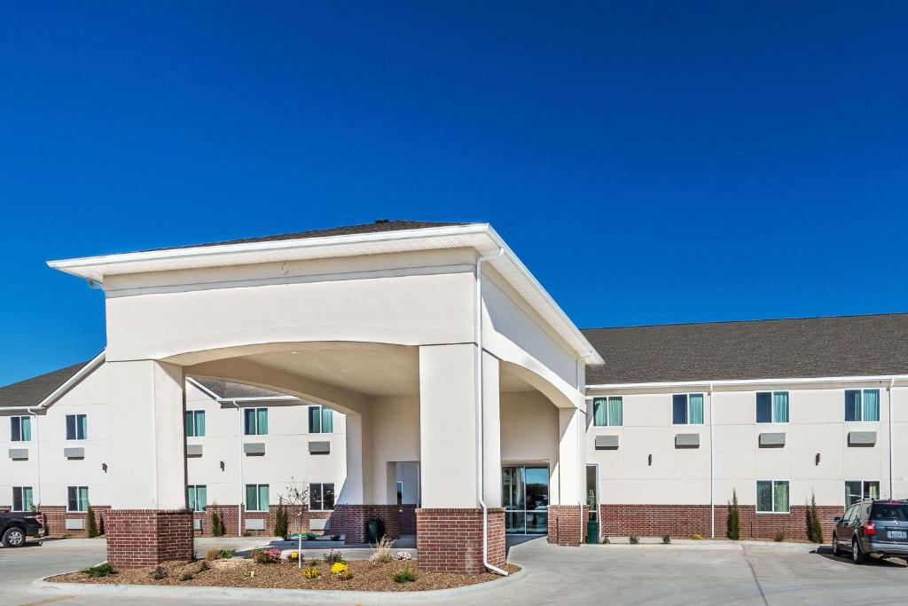 Days Inn and Suites El Dorado