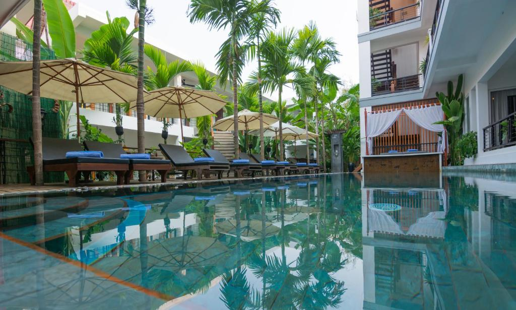 The swimming pool at or near Diamond D'angkor Boutique