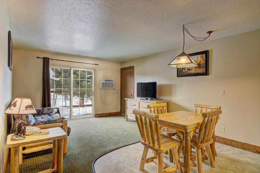 Eagle River Inn and Resort