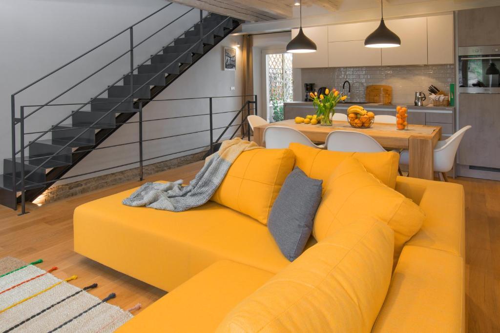 Ein Sitzbereich in der Unterkunft Casa Bel Olivo