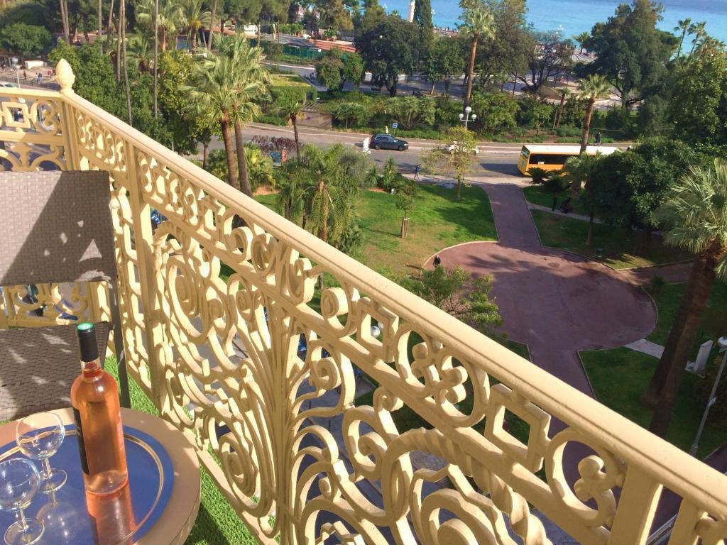 Hotel Ambassador Nisa Prețuri Actualizate 2020