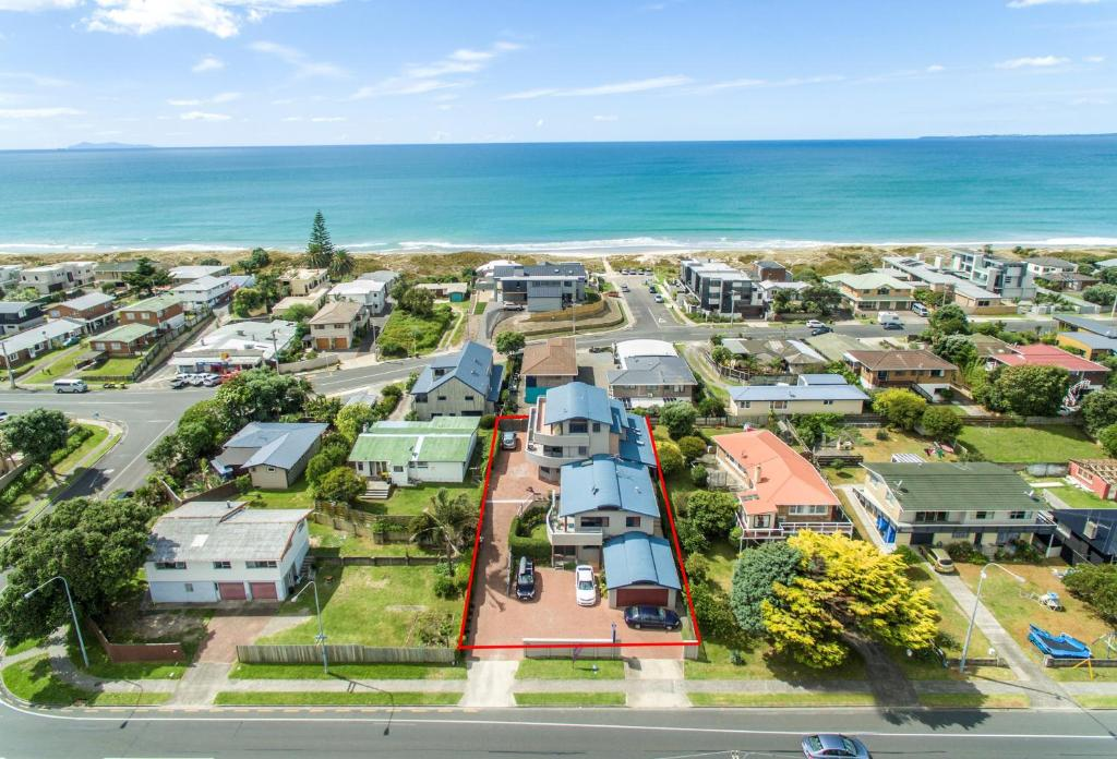 A bird's-eye view of Boatshed Motel Apartments