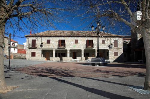 Casa Rural Soportal (España Peguerinos) - Booking.com