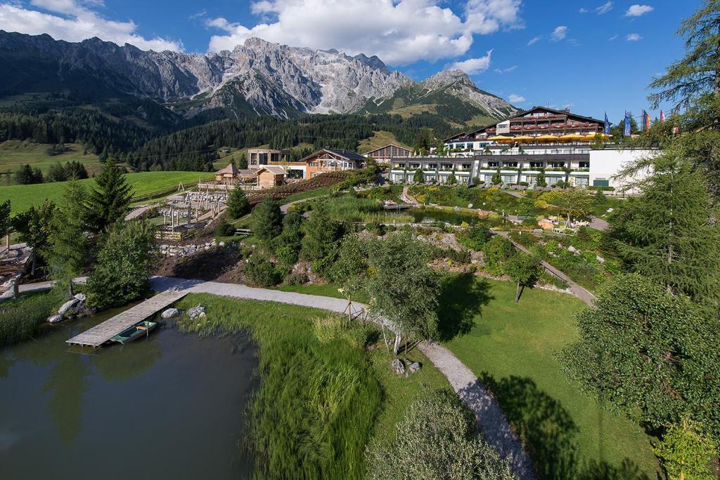 A bird's-eye view of Übergossene Alm Resort