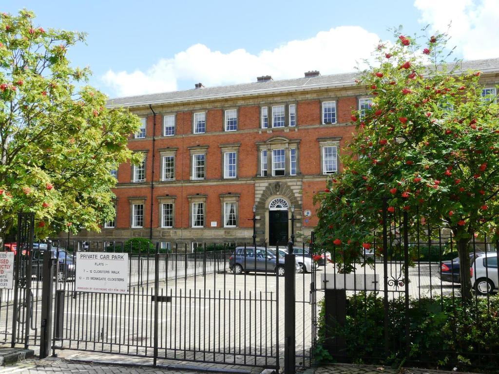 County House Retreat