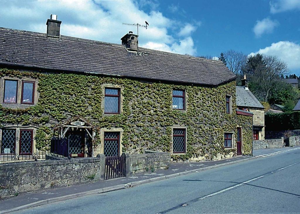 Corner Cottage II