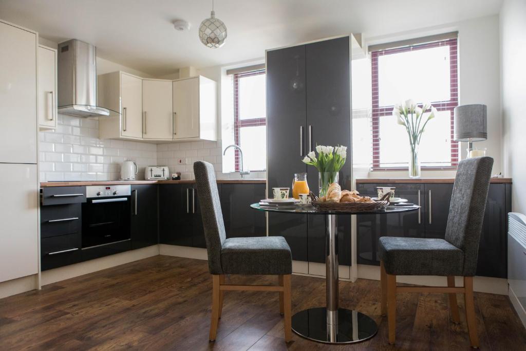Bright Elegant City Apartment 33 Peterborough Uk