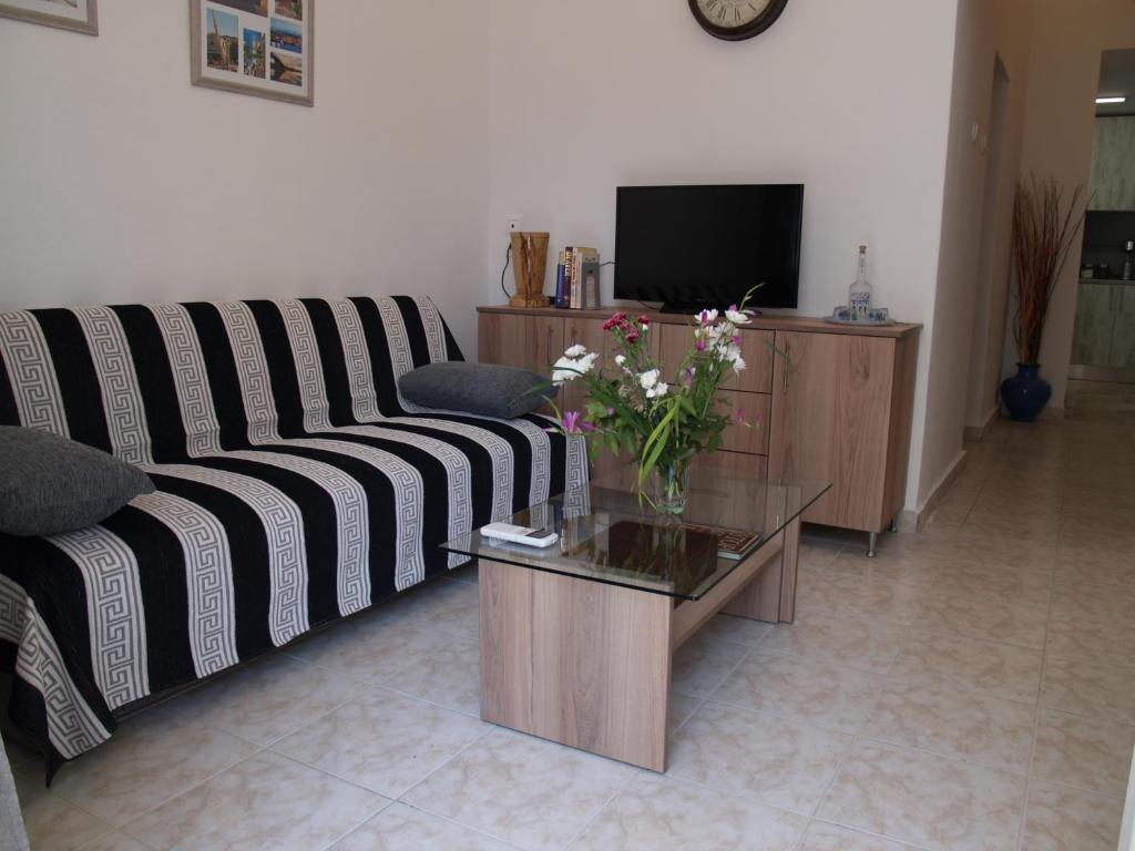 A seating area at Brigitte house