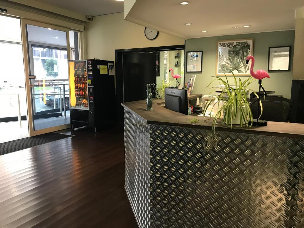 Lobby/Rezeption in der Unterkunft Miami Hotel Melbourne