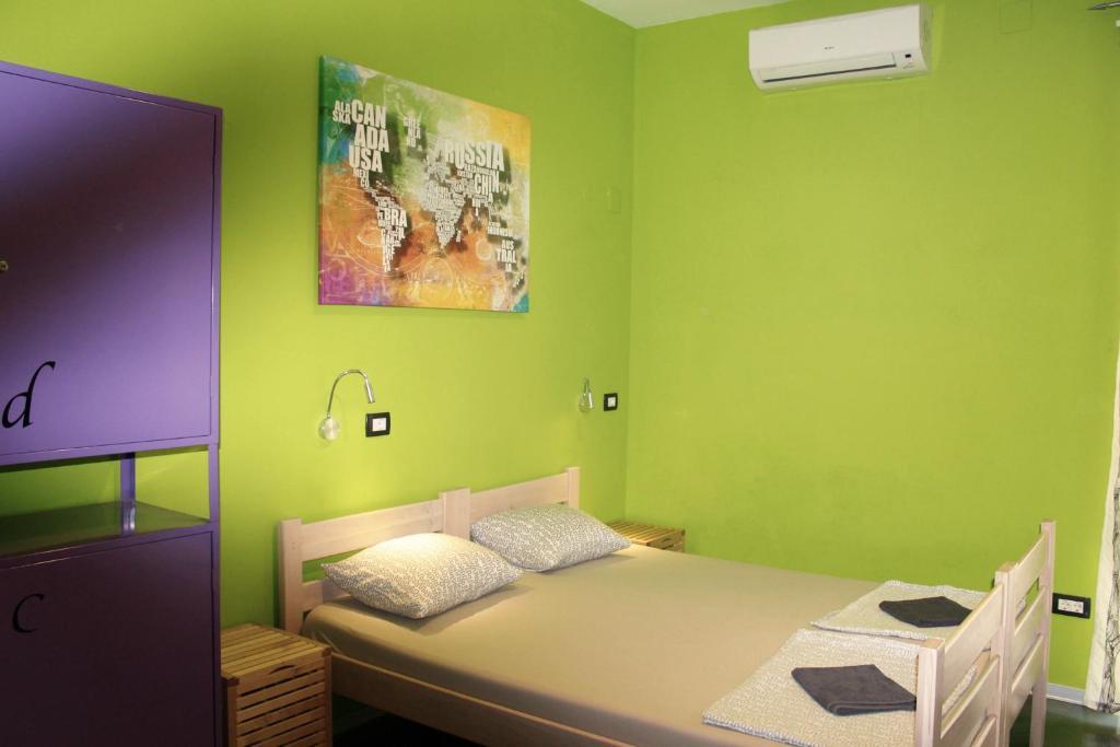 Hostel Chic